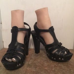 X Appeal black platform heels sz 8